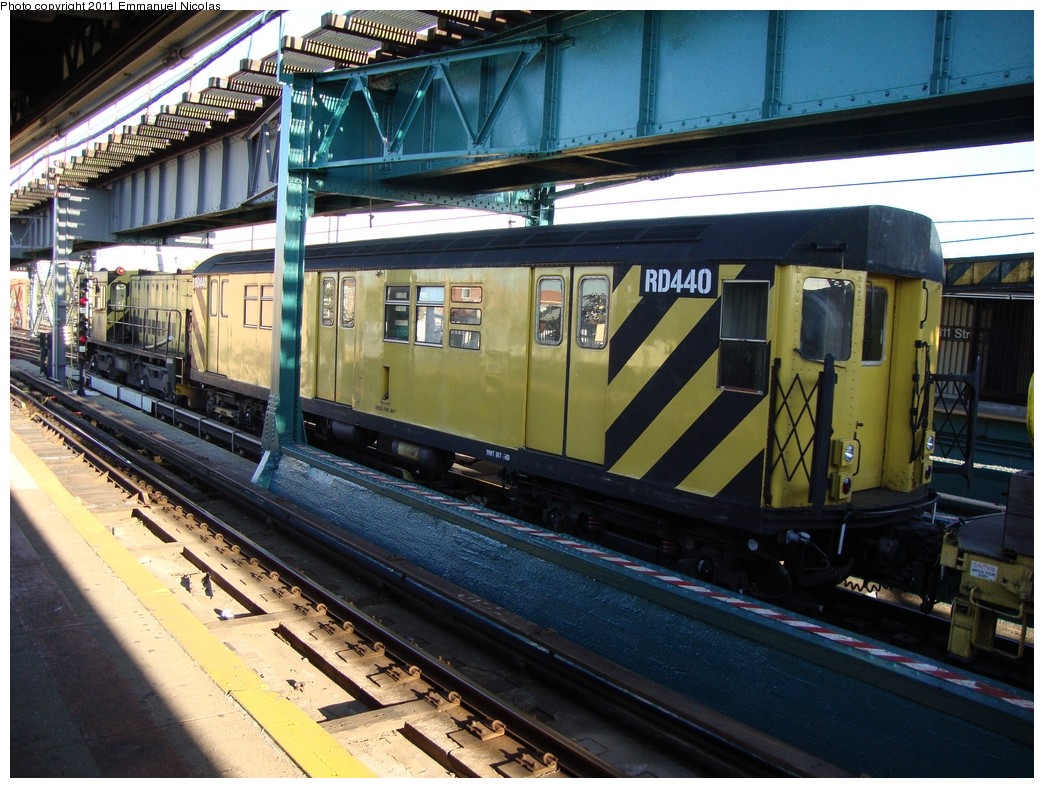 (260k, 1044x788)<br><b>Country:</b> United States<br><b>City:</b> New York<br><b>System:</b> New York City Transit<br><b>Line:</b> IRT Flushing Line<br><b>Location:</b> 111th Street <br><b>Route:</b> Work Service<br><b>Car:</b> R-161 Rider Car (ex-R-33)  RD440 <br><b>Photo by:</b> Emmanuel Nicolas<br><b>Date:</b> 10/10/2010<br><b>Viewed (this week/total):</b> 2 / 1018