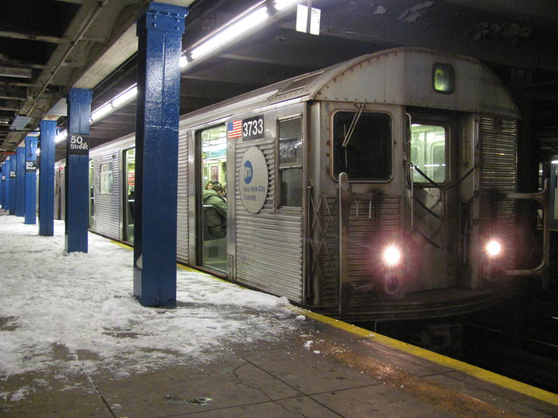 (78k, 800x600)<br><b>Country:</b> United States<br><b>City:</b> New York<br><b>System:</b> New York City Transit<br><b>Line:</b> IND Queens Boulevard Line<br><b>Location:</b> 50th Street <br><b>Route:</b> C<br><b>Car:</b> R-32 (Budd, 1964)  3733 <br><b>Photo by:</b> Steven Cruz<br><b>Date:</b> 12/27/2010<br><b>Viewed (this week/total):</b> 2 / 992