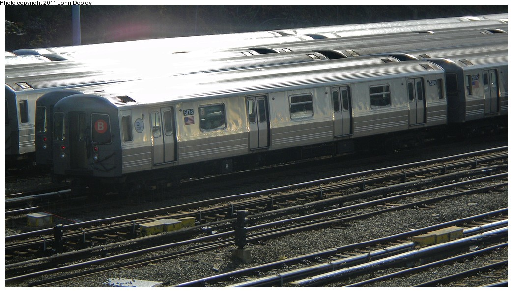 (208k, 1044x596)<br><b>Country:</b> United States<br><b>City:</b> New York<br><b>System:</b> New York City Transit<br><b>Location:</b> Concourse Yard<br><b>Car:</b> R-68A (Kawasaki, 1988-1989)  5176 <br><b>Photo by:</b> John Dooley<br><b>Date:</b> 10/29/2010<br><b>Viewed (this week/total):</b> 0 / 616