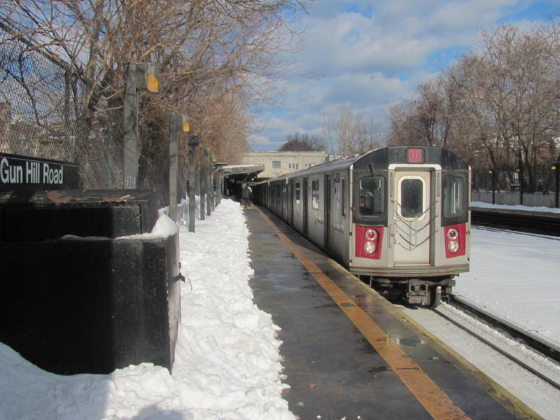 (77k, 800x600)<br><b>Country:</b> United States<br><b>City:</b> New York<br><b>System:</b> New York City Transit<br><b>Line:</b> IRT Dyre Ave. Line<br><b>Location:</b> Gun Hill Road <br><b>Route:</b> 5<br><b>Car:</b> R-142 or R-142A (Number Unknown)  <br><b>Photo by:</b> Steven Cruz<br><b>Date:</b> 12/2010<br><b>Viewed (this week/total):</b> 1 / 1314