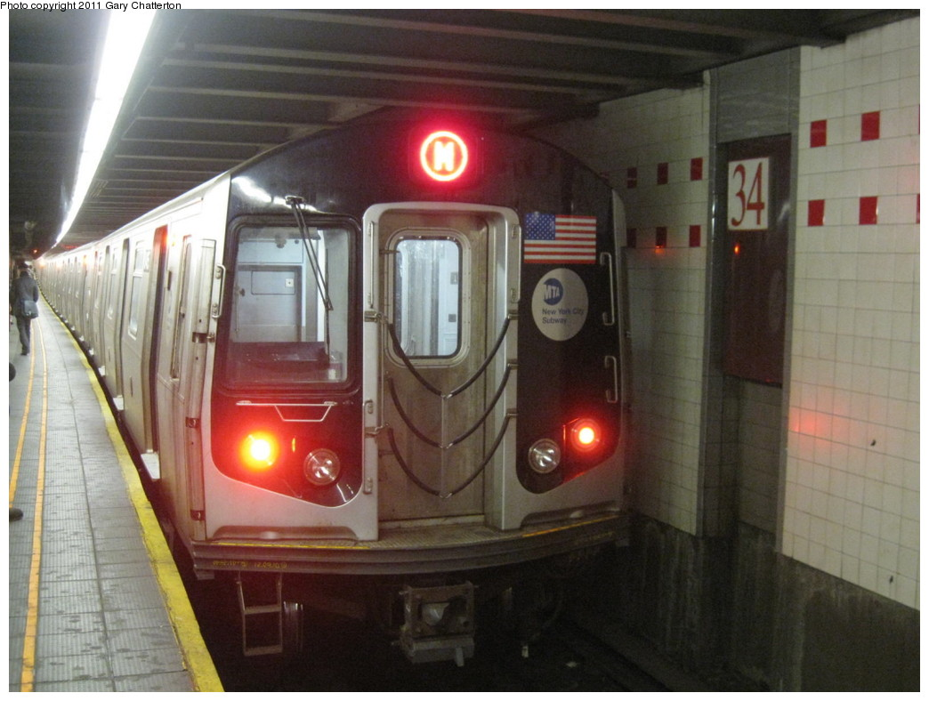 (189k, 1044x788)<br><b>Country:</b> United States<br><b>City:</b> New York<br><b>System:</b> New York City Transit<br><b>Line:</b> IND 6th Avenue Line<br><b>Location:</b> 34th Street/Herald Square <br><b>Route:</b> M<br><b>Car:</b> R-160A-1 (Alstom, 2005-2008, 4 car sets)  8465 <br><b>Photo by:</b> Gary Chatterton<br><b>Date:</b> 1/31/2011<br><b>Viewed (this week/total):</b> 2 / 1115