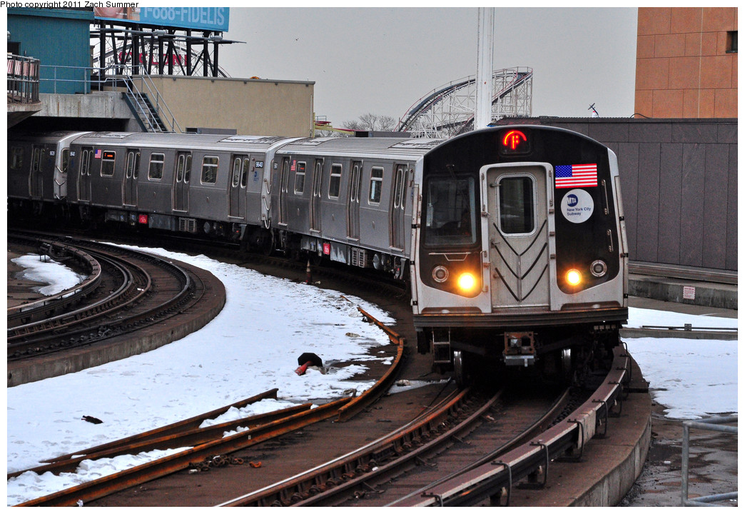 (295k, 1044x720)<br><b>Country:</b> United States<br><b>City:</b> New York<br><b>System:</b> New York City Transit<br><b>Location:</b> Coney Island/Stillwell Avenue<br><b>Route:</b> F<br><b>Car:</b> R-160A (Option 2) (Alstom, 2009, 5-car sets)  9642 <br><b>Photo by:</b> Zach Summer<br><b>Date:</b> 1/8/2011<br><b>Viewed (this week/total):</b> 7 / 984