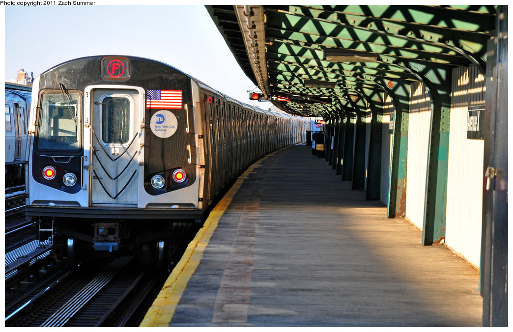 (272k, 1044x676)<br><b>Country:</b> United States<br><b>City:</b> New York<br><b>System:</b> New York City Transit<br><b>Line:</b> BMT Culver Line<br><b>Location:</b> Avenue X <br><b>Route:</b> F<br><b>Car:</b> R-160A (Option 1) (Alstom, 2008-2009, 5 car sets)  9488 <br><b>Photo by:</b> Zach Summer<br><b>Date:</b> 1/9/2011<br><b>Viewed (this week/total):</b> 1 / 530