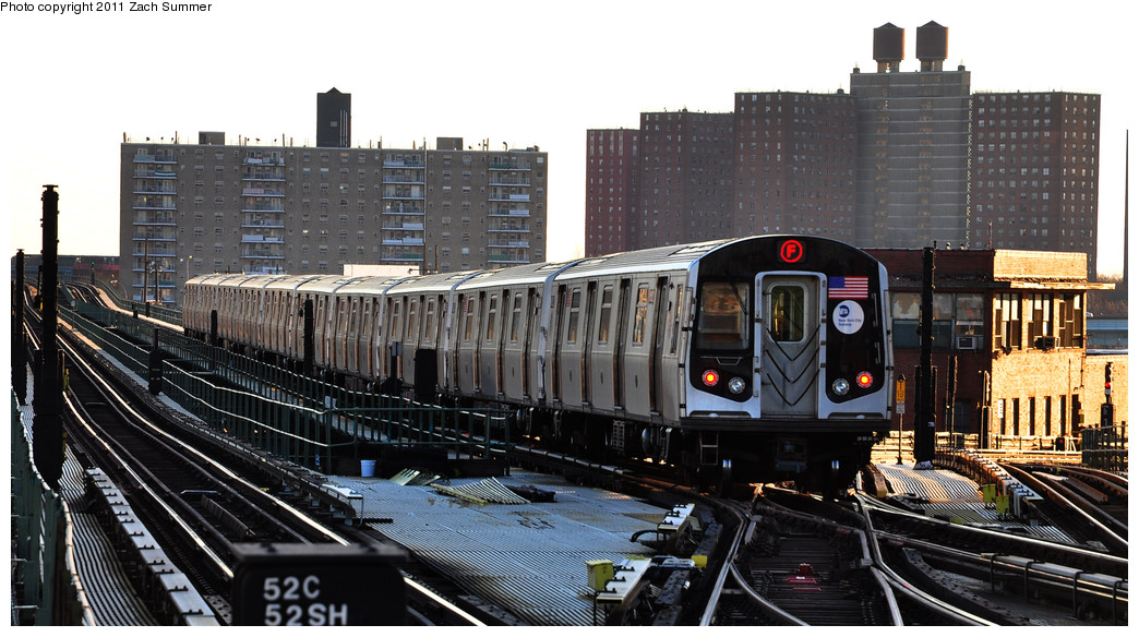 (248k, 1044x584)<br><b>Country:</b> United States<br><b>City:</b> New York<br><b>System:</b> New York City Transit<br><b>Line:</b> BMT Culver Line<br><b>Location:</b> Avenue X <br><b>Route:</b> F<br><b>Car:</b> R-160A (Option 1) (Alstom, 2008-2009, 5 car sets)  9352 <br><b>Photo by:</b> Zach Summer<br><b>Date:</b> 1/9/2011<br><b>Viewed (this week/total):</b> 4 / 531