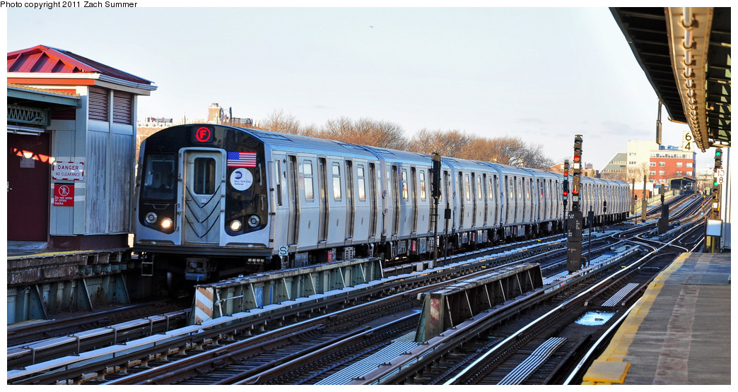 (257k, 1044x555)<br><b>Country:</b> United States<br><b>City:</b> New York<br><b>System:</b> New York City Transit<br><b>Line:</b> BMT Culver Line<br><b>Location:</b> Avenue X <br><b>Route:</b> F<br><b>Car:</b> R-160A (Option 2) (Alstom, 2009, 5-car sets)  9603 <br><b>Photo by:</b> Zach Summer<br><b>Date:</b> 1/9/2011<br><b>Viewed (this week/total):</b> 0 / 501