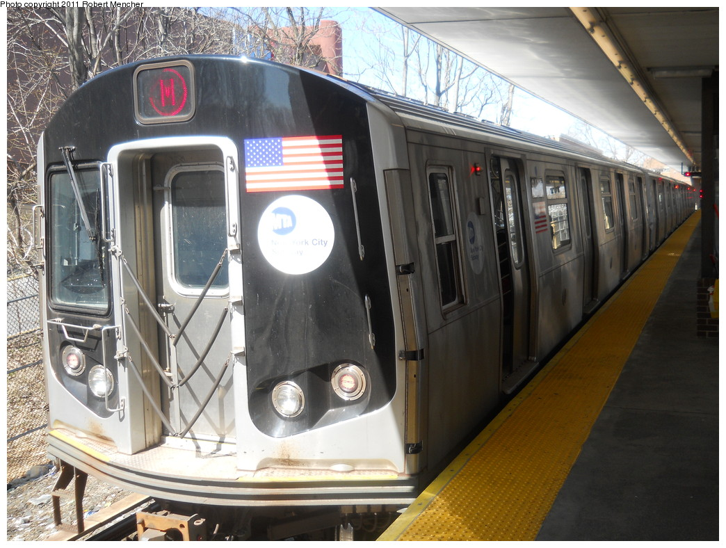 (298k, 1044x788)<br><b>Country:</b> United States<br><b>City:</b> New York<br><b>System:</b> New York City Transit<br><b>Line:</b> BMT Myrtle Avenue Line<br><b>Location:</b> Metropolitan Avenue <br><b>Route:</b> M<br><b>Car:</b> R-160A-1 (Alstom, 2005-2008, 4 car sets)  8405 <br><b>Photo by:</b> Robert Mencher<br><b>Date:</b> 3/26/2011<br><b>Viewed (this week/total):</b> 3 / 287
