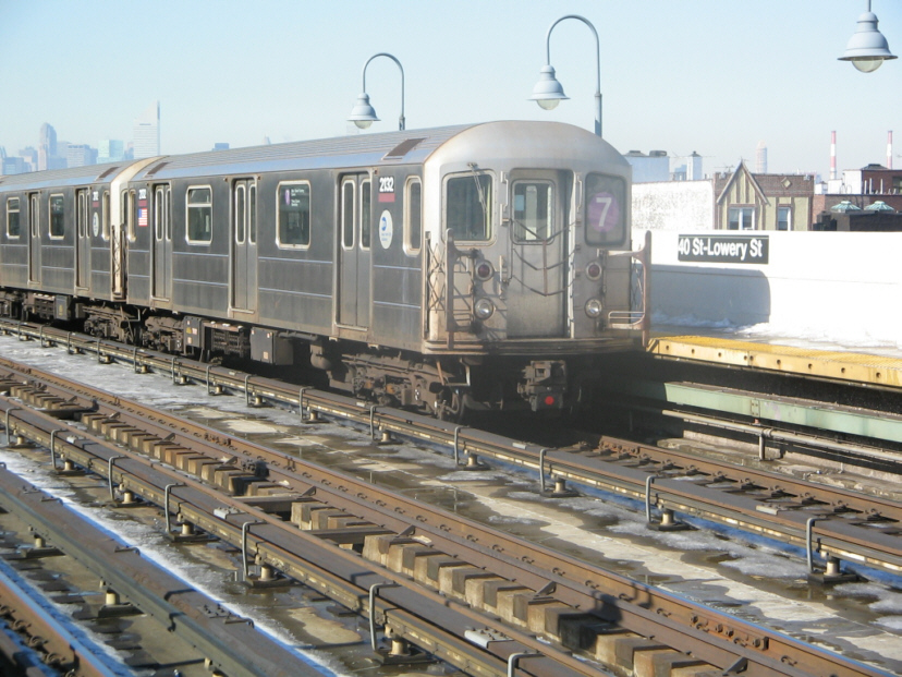 (292k, 828x621)<br><b>Country:</b> United States<br><b>City:</b> New York<br><b>System:</b> New York City Transit<br><b>Line:</b> IRT Flushing Line<br><b>Location:</b> 40th Street/Lowery Street <br><b>Route:</b> 7<br><b>Car:</b> R-62A (Bombardier, 1984-1987)  2132 <br><b>Photo by:</b> Jose Martinez<br><b>Date:</b> 2/1/2005<br><b>Viewed (this week/total):</b> 3 / 2201