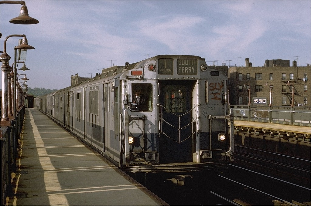 (211k, 1024x679)<br><b>Country:</b> United States<br><b>City:</b> New York<br><b>System:</b> New York City Transit<br><b>Line:</b> IRT West Side Line<br><b>Location:</b> 238th Street <br><b>Car:</b> R-14 (American Car & Foundry, 1949) 5935 <br><b>Photo by:</b> Joe Testagrose<br><b>Date:</b> 5/21/1972<br><b>Viewed (this week/total):</b> 0 / 3118