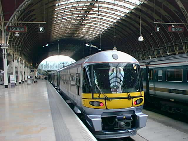 (50k, 640x480)<br><b>Country:</b> United Kingdom<br><b>City:</b> London<br><b>System:</b> London Main Line Rail<br><b>Location:</b> Paddington<br><b>Route:</b> Heathrow Express<br><b>Photo by:</b> Rob Morel<br><b>Date:</b> 9/4/1999<br><b>Notes:</b> Heathrow Exp.<br><b>Viewed (this week/total):</b> 2 / 2812