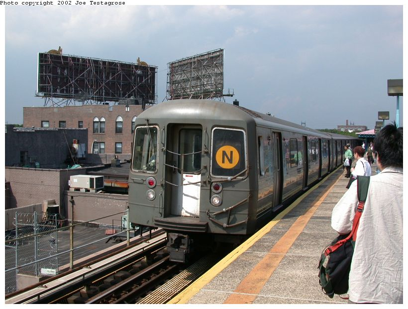 (134k, 820x620)<br><b>Country:</b> United States<br><b>City:</b> New York<br><b>System:</b> New York City Transit<br><b>Line:</b> BMT Astoria Line<br><b>Location:</b> Astoria Boulevard/Hoyt Avenue <br><b>Route:</b> N<br><b>Car:</b> R-68 (Westinghouse-Amrail, 1986-1988)  2740 <br><b>Photo by:</b> Joe Testagrose<br><b>Date:</b> 6/19/2002<br><b>Viewed (this week/total):</b> 1 / 4810