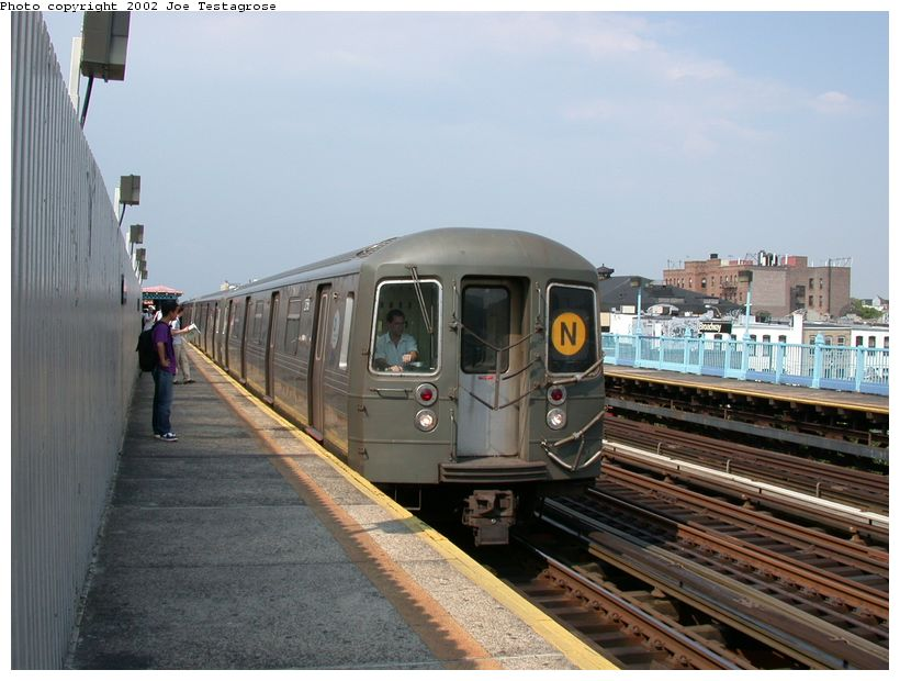 (115k, 820x620)<br><b>Country:</b> United States<br><b>City:</b> New York<br><b>System:</b> New York City Transit<br><b>Line:</b> BMT Astoria Line<br><b>Location:</b> Broadway <br><b>Route:</b> N<br><b>Car:</b> R-68 (Westinghouse-Amrail, 1986-1988)  2758 <br><b>Photo by:</b> Joe Testagrose<br><b>Date:</b> 6/19/2002<br><b>Viewed (this week/total):</b> 5 / 4000