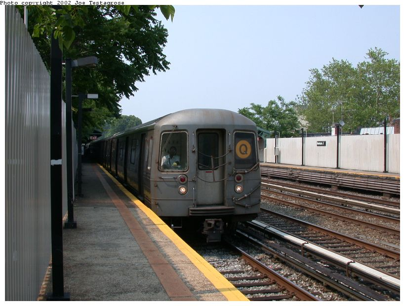 (132k, 820x620)<br><b>Country:</b> United States<br><b>City:</b> New York<br><b>System:</b> New York City Transit<br><b>Line:</b> BMT Brighton Line<br><b>Location:</b> Avenue J <br><b>Route:</b> Q<br><b>Car:</b> R-68 (Westinghouse-Amrail, 1986-1988)  2878 <br><b>Photo by:</b> Joe Testagrose<br><b>Date:</b> 6/11/2002<br><b>Viewed (this week/total):</b> 0 / 2846