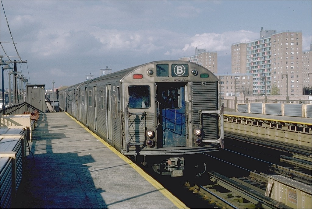 (208k, 1024x687)<br><b>Country:</b> United States<br><b>City:</b> New York<br><b>System:</b> New York City Transit<br><b>Line:</b> BMT West End Line<br><b>Location:</b> Bay 50th Street <br><b>Car:</b> R-32 (Budd, 1964)  3729 <br><b>Photo by:</b> Steve Zabel<br><b>Collection of:</b> Joe Testagrose<br><b>Date:</b> 11/6/1981<br><b>Viewed (this week/total):</b> 0 / 4541