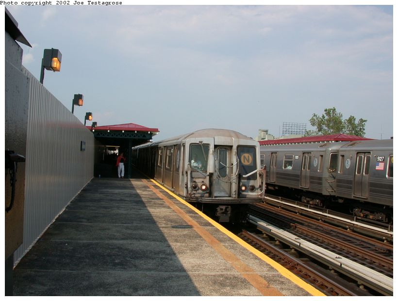 (109k, 820x620)<br><b>Country:</b> United States<br><b>City:</b> New York<br><b>System:</b> New York City Transit<br><b>Line:</b> BMT Astoria Line<br><b>Location:</b> 39th/Beebe Aves. <br><b>Route:</b> N<br><b>Car:</b> R-40 (St. Louis, 1968)  4217 <br><b>Photo by:</b> Joe Testagrose<br><b>Date:</b> 6/19/2002<br><b>Viewed (this week/total):</b> 6 / 3755