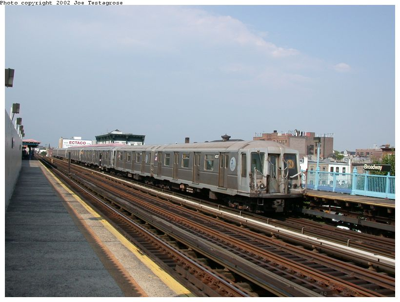 (113k, 820x620)<br><b>Country:</b> United States<br><b>City:</b> New York<br><b>System:</b> New York City Transit<br><b>Line:</b> BMT Astoria Line<br><b>Location:</b> Broadway <br><b>Route:</b> N<br><b>Car:</b> R-40 (St. Louis, 1968)  4217 <br><b>Photo by:</b> Joe Testagrose<br><b>Date:</b> 6/19/2002<br><b>Viewed (this week/total):</b> 3 / 2603