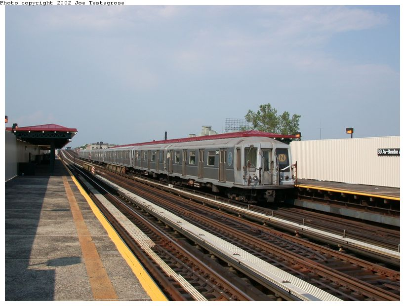 (117k, 820x620)<br><b>Country:</b> United States<br><b>City:</b> New York<br><b>System:</b> New York City Transit<br><b>Line:</b> BMT Astoria Line<br><b>Location:</b> 39th/Beebe Aves. <br><b>Route:</b> N<br><b>Car:</b> R-40 (St. Louis, 1968)  4346 <br><b>Photo by:</b> Joe Testagrose<br><b>Date:</b> 6/19/2002<br><b>Viewed (this week/total):</b> 2 / 3074
