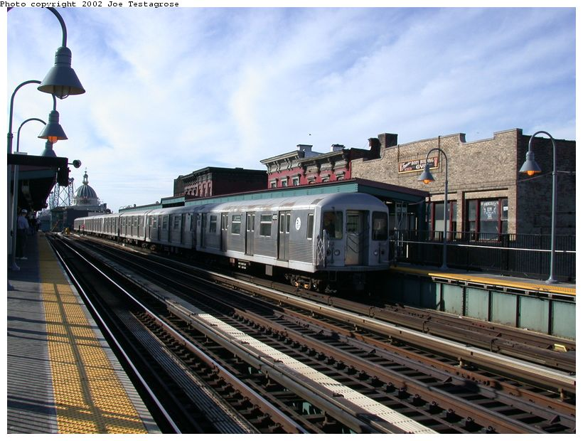 (135k, 820x620)<br><b>Country:</b> United States<br><b>City:</b> New York<br><b>System:</b> New York City Transit<br><b>Line:</b> BMT Nassau Street/Jamaica Line<br><b>Location:</b> Marcy Avenue <br><b>Route:</b> J<br><b>Car:</b> R-42 (St. Louis, 1969-1970)  4815 <br><b>Photo by:</b> Joe Testagrose<br><b>Date:</b> 9/22/2002<br><b>Viewed (this week/total):</b> 1 / 2472