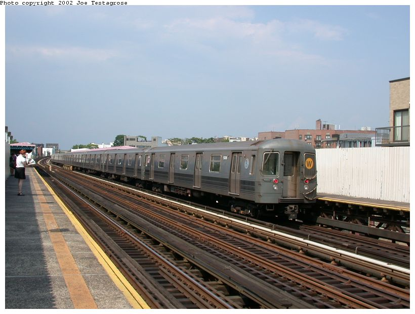 (116k, 820x620)<br><b>Country:</b> United States<br><b>City:</b> New York<br><b>System:</b> New York City Transit<br><b>Line:</b> BMT Astoria Line<br><b>Location:</b> 30th/Grand Aves. <br><b>Route:</b> W<br><b>Car:</b> R-68A (Kawasaki, 1988-1989)  5006 <br><b>Photo by:</b> Joe Testagrose<br><b>Date:</b> 6/19/2002<br><b>Viewed (this week/total):</b> 1 / 2705