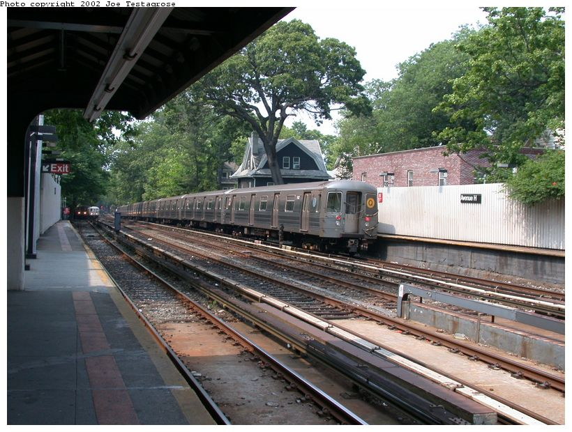 (156k, 820x620)<br><b>Country:</b> United States<br><b>City:</b> New York<br><b>System:</b> New York City Transit<br><b>Line:</b> BMT Brighton Line<br><b>Location:</b> Avenue H <br><b>Route:</b> Q<br><b>Car:</b> R-68A (Kawasaki, 1988-1989)  5162 <br><b>Photo by:</b> Joe Testagrose<br><b>Date:</b> 6/11/2002<br><b>Viewed (this week/total):</b> 0 / 2608