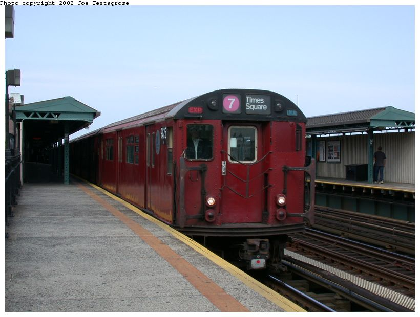 (106k, 820x620)<br><b>Country:</b> United States<br><b>City:</b> New York<br><b>System:</b> New York City Transit<br><b>Line:</b> IRT Flushing Line<br><b>Location:</b> 52nd Street/Lincoln Avenue <br><b>Route:</b> 7<br><b>Car:</b> R-36 World's Fair (St. Louis, 1963-64) 9425 <br><b>Photo by:</b> Joe Testagrose<br><b>Date:</b> 6/4/2002<br><b>Viewed (this week/total):</b> 0 / 2434