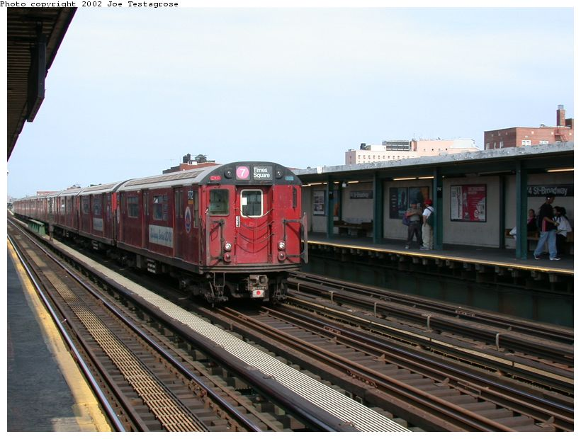 (121k, 820x620)<br><b>Country:</b> United States<br><b>City:</b> New York<br><b>System:</b> New York City Transit<br><b>Line:</b> IRT Flushing Line<br><b>Location:</b> 74th Street/Broadway <br><b>Route:</b> 7<br><b>Car:</b> R-36 World's Fair (St. Louis, 1963-64) 9712 <br><b>Photo by:</b> Joe Testagrose<br><b>Date:</b> 6/4/2002<br><b>Viewed (this week/total):</b> 0 / 3518