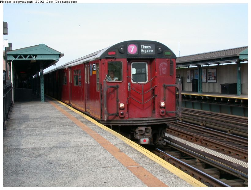 (124k, 820x620)<br><b>Country:</b> United States<br><b>City:</b> New York<br><b>System:</b> New York City Transit<br><b>Line:</b> IRT Flushing Line<br><b>Location:</b> 52nd Street/Lincoln Avenue <br><b>Route:</b> 7<br><b>Car:</b> R-36 World's Fair (St. Louis, 1963-64) 9758 <br><b>Photo by:</b> Joe Testagrose<br><b>Date:</b> 6/4/2002<br><b>Viewed (this week/total):</b> 0 / 2042