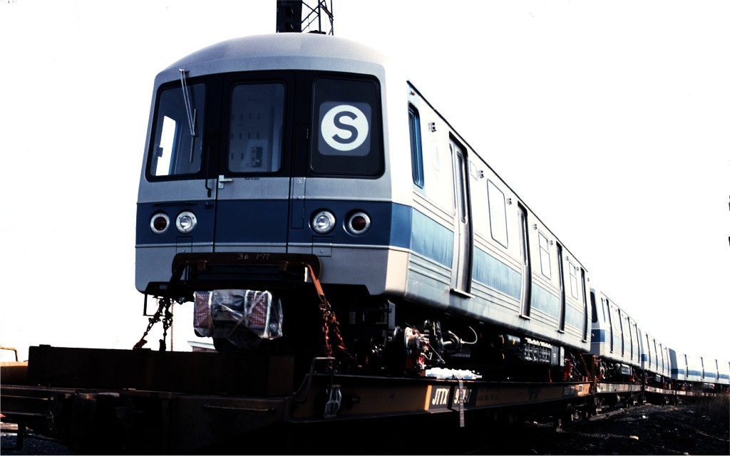 (104k, 1024x640)<br><b>Country:</b> United States<br><b>City:</b> Secaucus, NJ<br><b>System:</b> New York City Transit<br><b>Location:</b> Croxton Yard (NYCTA Equipment Delivery)<br><b>Car:</b> R-46 (Pullman-Standard, 1974-75) 986 <br><b>Photo by:</b> Ed McKernan<br><b>Collection of:</b> Joe Testagrose<br><b>Date:</b> 3/29/1977<br><b>Viewed (this week/total):</b> 2 / 388