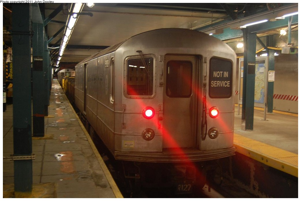(176k, 1044x699)<br><b>Country:</b> United States<br><b>City:</b> New York<br><b>System:</b> New York City Transit<br><b>Line:</b> BMT West End Line<br><b>Location:</b> 9th Avenue <br><b>Route:</b> Work Service<br><b>Car:</b> R-127/R-134 (Kawasaki, 1991-1996) EP009 <br><b>Photo by:</b> John Dooley<br><b>Date:</b> 2/28/2011<br><b>Viewed (this week/total):</b> 2 / 980