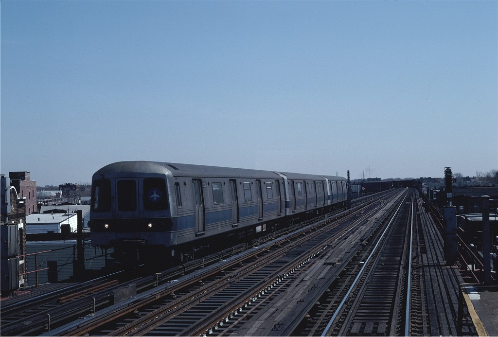 (158k, 1024x693)<br><b>Country:</b> United States<br><b>City:</b> New York<br><b>System:</b> New York City Transit<br><b>Line:</b> IND Fulton Street Line<br><b>Location:</b> 88th Street/Boyd Avenue <br><b>Route:</b> JFK<br><b>Car:</b> R-46 (Pullman-Standard, 1974-75) 1224 <br><b>Photo by:</b> Steve Zabel<br><b>Collection of:</b> Joe Testagrose<br><b>Date:</b> 4/5/1982<br><b>Viewed (this week/total):</b> 6 / 762