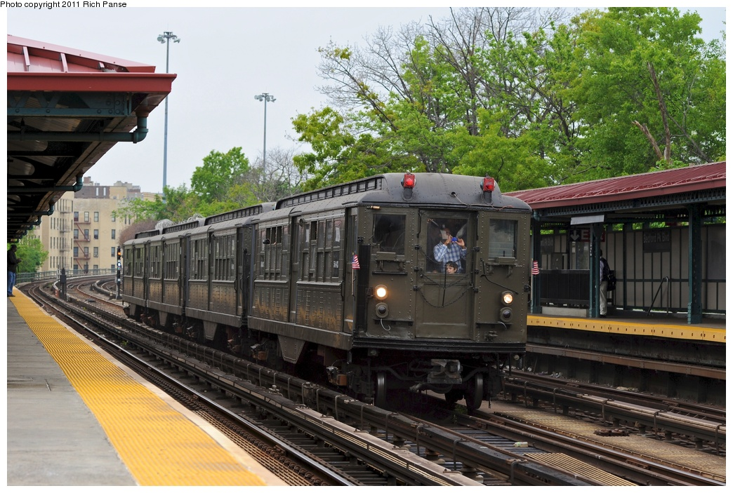 (334k, 1044x703)<br><b>Country:</b> United States<br><b>City:</b> New York<br><b>System:</b> New York City Transit<br><b>Line:</b> IRT Woodlawn Line<br><b>Location:</b> Bedford Park Boulevard <br><b>Route:</b> Transit Museum Nostalgia Train<br><b>Car:</b> Low-V (Museum Train) 5443 <br><b>Photo by:</b> Richard Panse<br><b>Date:</b> 5/22/2011<br><b>Viewed (this week/total):</b> 0 / 851