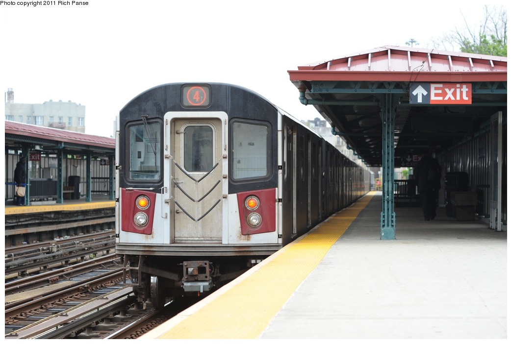(201k, 1044x702)<br><b>Country:</b> United States<br><b>City:</b> New York<br><b>System:</b> New York City Transit<br><b>Line:</b> IRT Woodlawn Line<br><b>Location:</b> Bedford Park Boulevard <br><b>Route:</b> 4<br><b>Car:</b> R-142 or R-142A (Number Unknown)  <br><b>Photo by:</b> Richard Panse<br><b>Date:</b> 5/22/2011<br><b>Viewed (this week/total):</b> 2 / 279