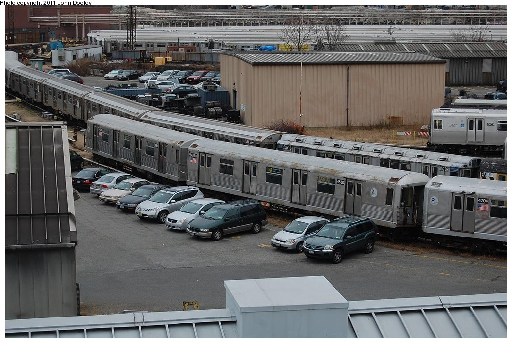 (348k, 1044x699)<br><b>Country:</b> United States<br><b>City:</b> New York<br><b>System:</b> New York City Transit<br><b>Location:</b> 207th Street Yard<br><b>Car:</b> R-42 (St. Louis, 1969-1970)  4550/4551 <br><b>Photo by:</b> John Dooley<br><b>Date:</b> 12/10/2010<br><b>Viewed (this week/total):</b> 3 / 974