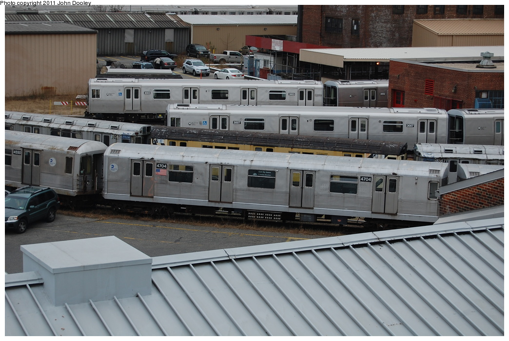 (351k, 1044x699)<br><b>Country:</b> United States<br><b>City:</b> New York<br><b>System:</b> New York City Transit<br><b>Location:</b> 207th Street Yard<br><b>Car:</b> R-42 (St. Louis, 1969-1970)  4704 <br><b>Photo by:</b> John Dooley<br><b>Date:</b> 12/10/2010<br><b>Viewed (this week/total):</b> 1 / 382