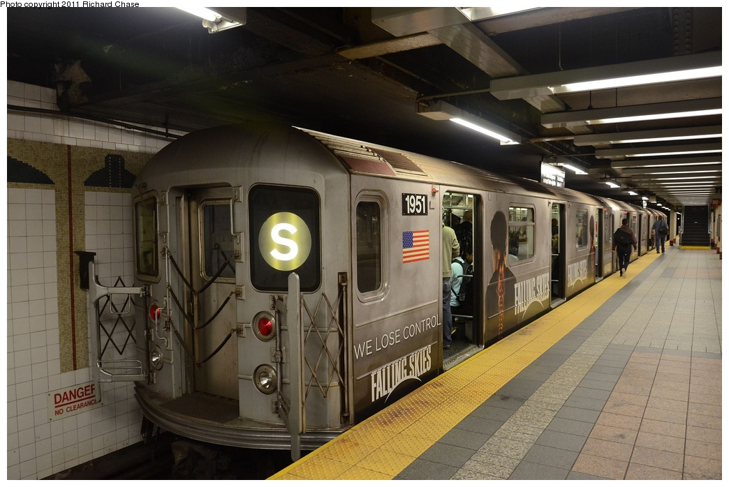 (258k, 1044x698)<br><b>Country:</b> United States<br><b>City:</b> New York<br><b>System:</b> New York City Transit<br><b>Line:</b> IRT Times Square-Grand Central Shuttle<br><b>Location:</b> Grand Central <br><b>Route:</b> S<br><b>Car:</b> R-62A (Bombardier, 1984-1987)  1951 <br><b>Photo by:</b> Richard Chase<br><b>Date:</b> 5/23/2011<br><b>Viewed (this week/total):</b> 1 / 314