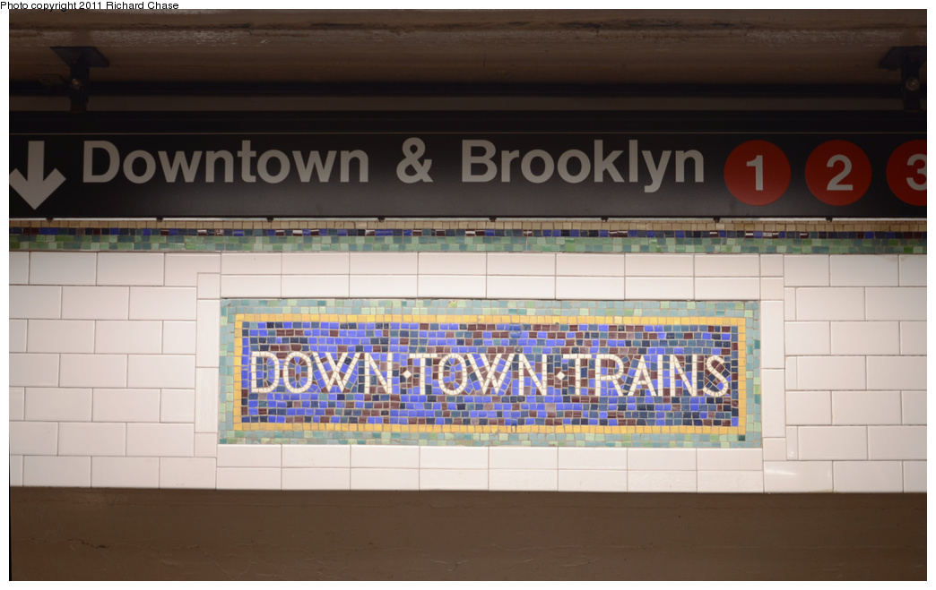 (258k, 1044x659)<br><b>Country:</b> United States<br><b>City:</b> New York<br><b>System:</b> New York City Transit<br><b>Line:</b> IRT West Side Line<br><b>Location:</b> Times Square/42nd Street <br><b>Photo by:</b> Richard Chase<br><b>Date:</b> 5/23/2011<br><b>Viewed (this week/total):</b> 0 / 286