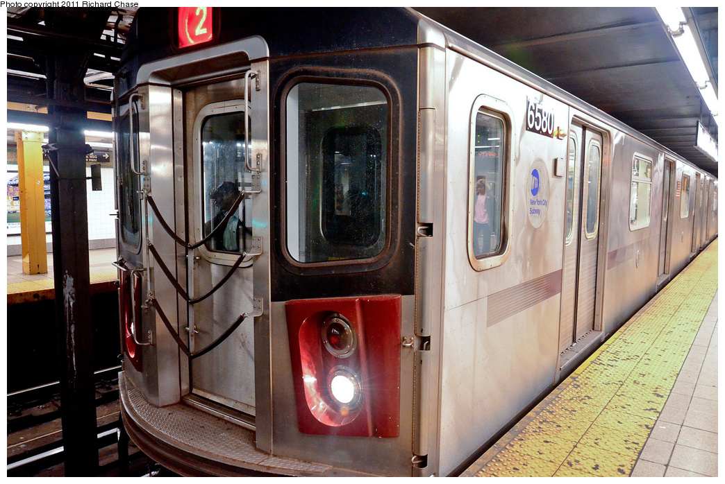 (417k, 1044x698)<br><b>Country:</b> United States<br><b>City:</b> New York<br><b>System:</b> New York City Transit<br><b>Line:</b> IRT West Side Line<br><b>Location:</b> 34th Street/Penn Station <br><b>Route:</b> 2<br><b>Car:</b> R-142 (Primary Order, Bombardier, 1999-2002)  6580 <br><b>Photo by:</b> Richard Chase<br><b>Date:</b> 5/23/2011<br><b>Viewed (this week/total):</b> 0 / 811