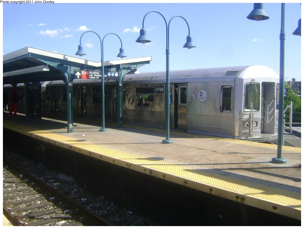 (273k, 1044x788)<br><b>Country:</b> United States<br><b>City:</b> New York<br><b>System:</b> New York City Transit<br><b>Line:</b> BMT Nassau Street/Jamaica Line<br><b>Location:</b> Broadway/East New York (Broadway Junction) <br><b>Route:</b> J<br><b>Car:</b> R-42 (St. Louis, 1969-1970)  4798 <br><b>Photo by:</b> John Dooley<br><b>Date:</b> 5/10/2011<br><b>Viewed (this week/total):</b> 1 / 916