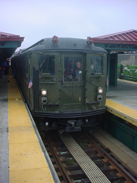 (143k, 480x640)<br><b>Country:</b> United States<br><b>City:</b> New York<br><b>System:</b> New York City Transit<br><b>Route:</b> Transit Museum Nostalgia Train<br><b>Car:</b> Low-V (Museum Train) 5292 <br><b>Photo by:</b> Chris Crayon<br><b>Date:</b> 5/22/2011<br><b>Viewed (this week/total):</b> 0 / 543
