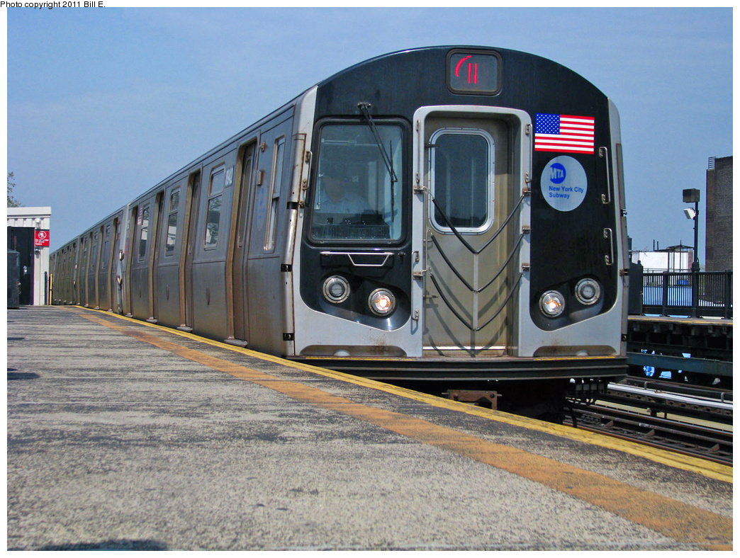 (430k, 1044x788)<br><b>Country:</b> United States<br><b>City:</b> New York<br><b>System:</b> New York City Transit<br><b>Line:</b> BMT Astoria Line<br><b>Location:</b> Broadway <br><b>Route:</b> N<br><b>Car:</b> R-160B (Kawasaki, 2005-2008)  8942 <br><b>Photo by:</b> Bill E.<br><b>Date:</b> 4/25/2011<br><b>Viewed (this week/total):</b> 6 / 468