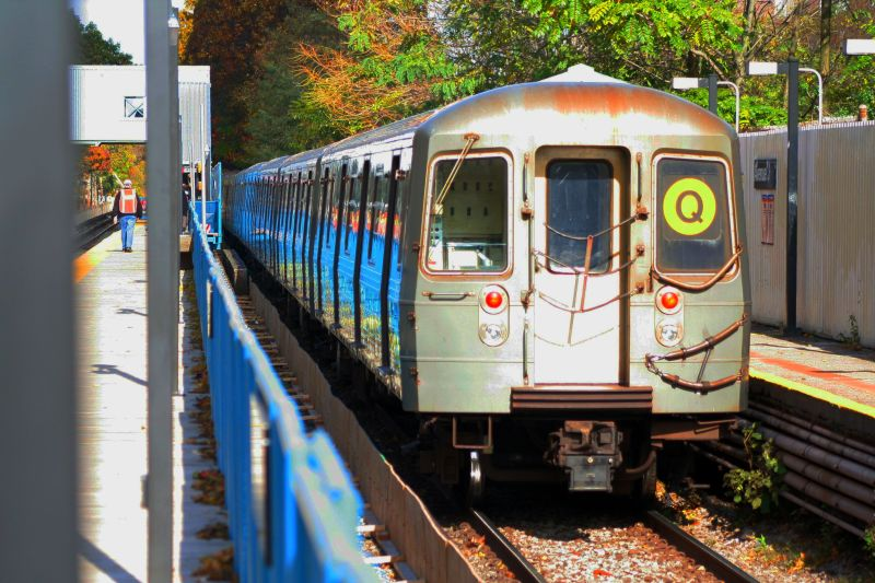 (116k, 800x533)<br><b>Country:</b> United States<br><b>City:</b> New York<br><b>System:</b> New York City Transit<br><b>Line:</b> BMT Brighton Line<br><b>Location:</b> Avenue J <br><b>Route:</b> Q<br><b>Car:</b> R-68A (Kawasaki, 1988-1989)  5062 <br><b>Photo by:</b> Neil Feldman<br><b>Date:</b> 10/30/2009<br><b>Viewed (this week/total):</b> 2 / 808