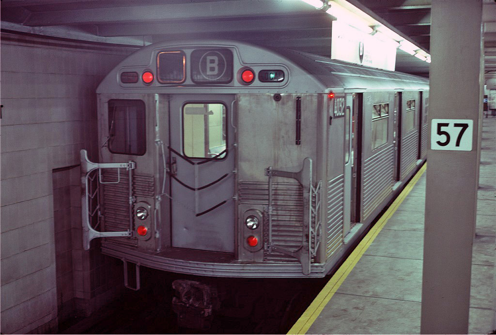 (193k, 1024x692)<br><b>Country:</b> United States<br><b>City:</b> New York<br><b>System:</b> New York City Transit<br><b>Line:</b> IND 6th Avenue Line<br><b>Location:</b> 57th Street <br><b>Route:</b> B<br><b>Car:</b> R-38 (St. Louis, 1966-1967)  4038 <br><b>Photo by:</b> Steve Zabel<br><b>Collection of:</b> Joe Testagrose<br><b>Date:</b> 6/12/1977<br><b>Viewed (this week/total):</b> 6 / 1632