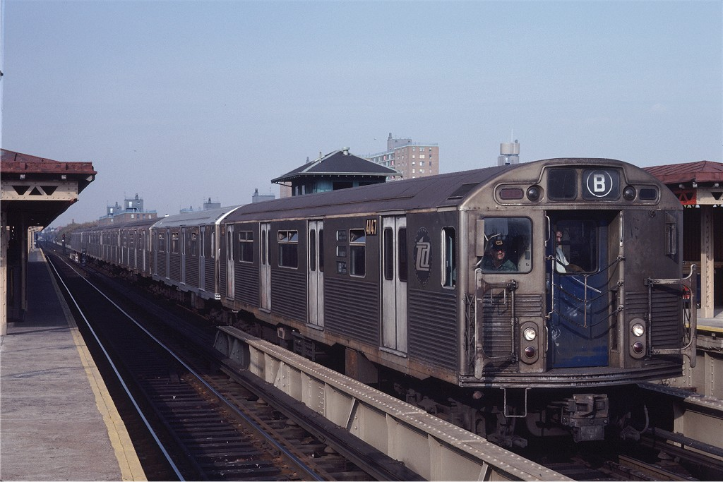 (174k, 1024x683)<br><b>Country:</b> United States<br><b>City:</b> New York<br><b>System:</b> New York City Transit<br><b>Line:</b> BMT West End Line<br><b>Location:</b> Bay 50th Street <br><b>Route:</b> B<br><b>Car:</b> R-38 (St. Louis, 1966-1967)  4147 <br><b>Photo by:</b> Steve Zabel<br><b>Collection of:</b> Joe Testagrose<br><b>Date:</b> 11/2/1981<br><b>Viewed (this week/total):</b> 2 / 729