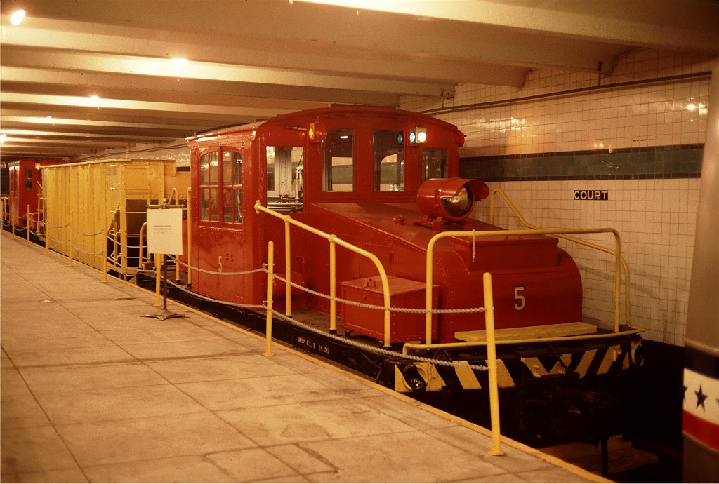 (190k, 1024x690)<br><b>Country:</b> United States<br><b>City:</b> New York<br><b>System:</b> New York City Transit<br><b>Location:</b> New York Transit Museum<br><b>Car:</b> SBK Steeplecab 5 <br><b>Photo by:</b> Steve Zabel<br><b>Collection of:</b> Joe Testagrose<br><b>Date:</b> 10/7/1976<br><b>Viewed (this week/total):</b> 3 / 420