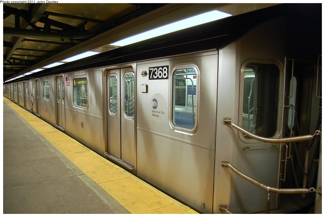 (305k, 1044x699)<br><b>Country:</b> United States<br><b>City:</b> New York<br><b>System:</b> New York City Transit<br><b>Line:</b> IRT Pelham Line<br><b>Location:</b> East 177th Street/Parkchester <br><b>Route:</b> 6<br><b>Car:</b> R-142A (Primary Order, Kawasaki, 1999-2002)  7368 <br><b>Photo by:</b> John Dooley<br><b>Date:</b> 3/2/2011<br><b>Viewed (this week/total):</b> 0 / 367