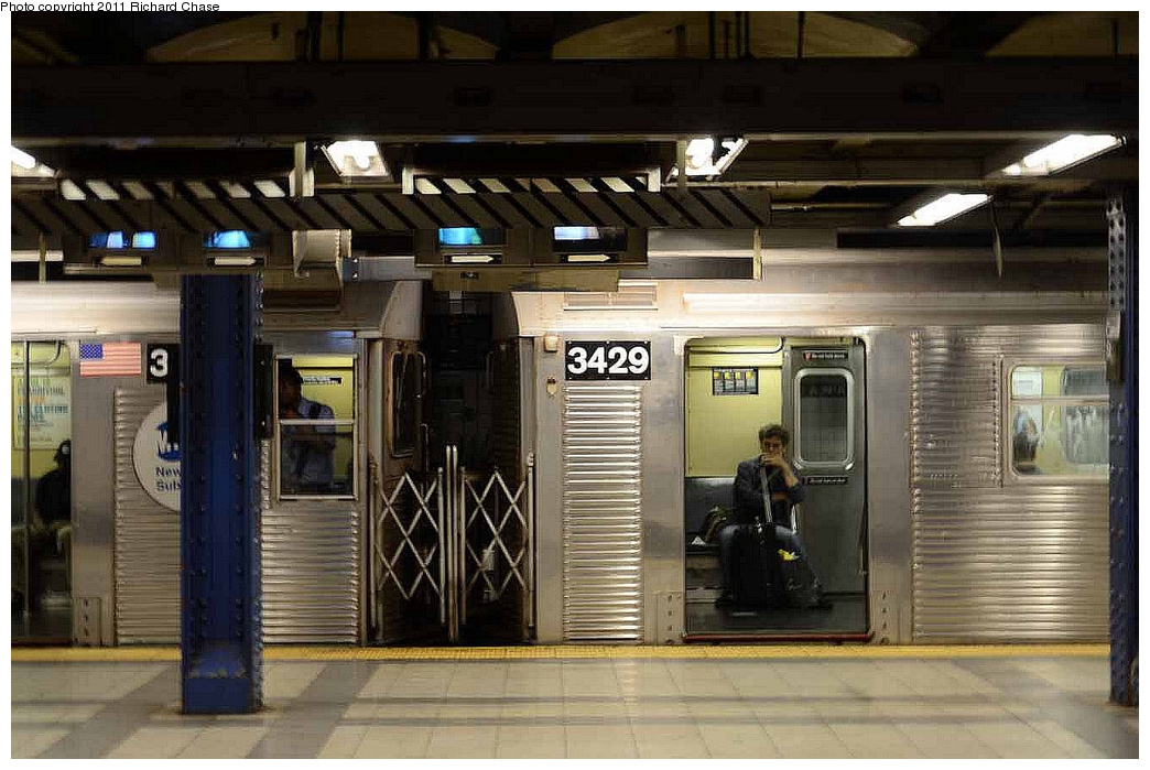 (322k, 1044x699)<br><b>Country:</b> United States<br><b>City:</b> New York<br><b>System:</b> New York City Transit<br><b>Line:</b> IND 8th Avenue Line<br><b>Location:</b> Canal Street-Holland Tunnel <br><b>Route:</b> C<br><b>Car:</b> R-32 (Budd, 1964)  3429 <br><b>Photo by:</b> Richard Chase<br><b>Date:</b> 7/14/2011<br><b>Viewed (this week/total):</b> 3 / 620