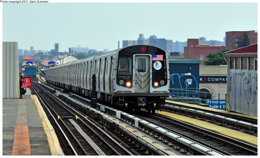 (352k, 1044x636)<br><b>Country:</b> United States<br><b>City:</b> New York<br><b>System:</b> New York City Transit<br><b>Line:</b> BMT West End Line<br><b>Location:</b> 20th Avenue <br><b>Route:</b> N Reroute<br><b>Car:</b> R-160B (Option 1) (Kawasaki, 2008-2009)  9043 <br><b>Photo by:</b> Zach Summer<br><b>Date:</b> 7/22/2011<br><b>Viewed (this week/total):</b> 2 / 577