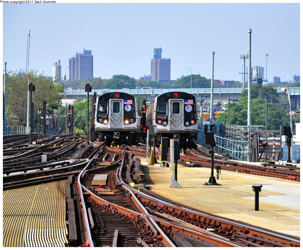 (591k, 1044x859)<br><b>Country:</b> United States<br><b>City:</b> New York<br><b>System:</b> New York City Transit<br><b>Location:</b> Coney Island/Stillwell Avenue<br><b>Route:</b> N<br><b>Car:</b> R-160B (Option 1) (Kawasaki, 2008-2009)  9152 <br><b>Photo by:</b> Zach Summer<br><b>Date:</b> 7/22/2011<br><b>Viewed (this week/total):</b> 2 / 966