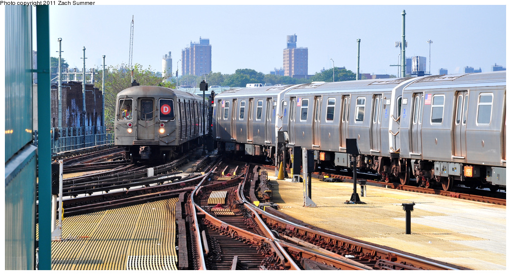 (372k, 1044x563)<br><b>Country:</b> United States<br><b>City:</b> New York<br><b>System:</b> New York City Transit<br><b>Location:</b> Coney Island/Stillwell Avenue<br><b>Route:</b> D Put-in<br><b>Car:</b> R-68 (Westinghouse-Amrail, 1986-1988)  2906 <br><b>Photo by:</b> Zach Summer<br><b>Date:</b> 7/22/2011<br><b>Viewed (this week/total):</b> 0 / 362