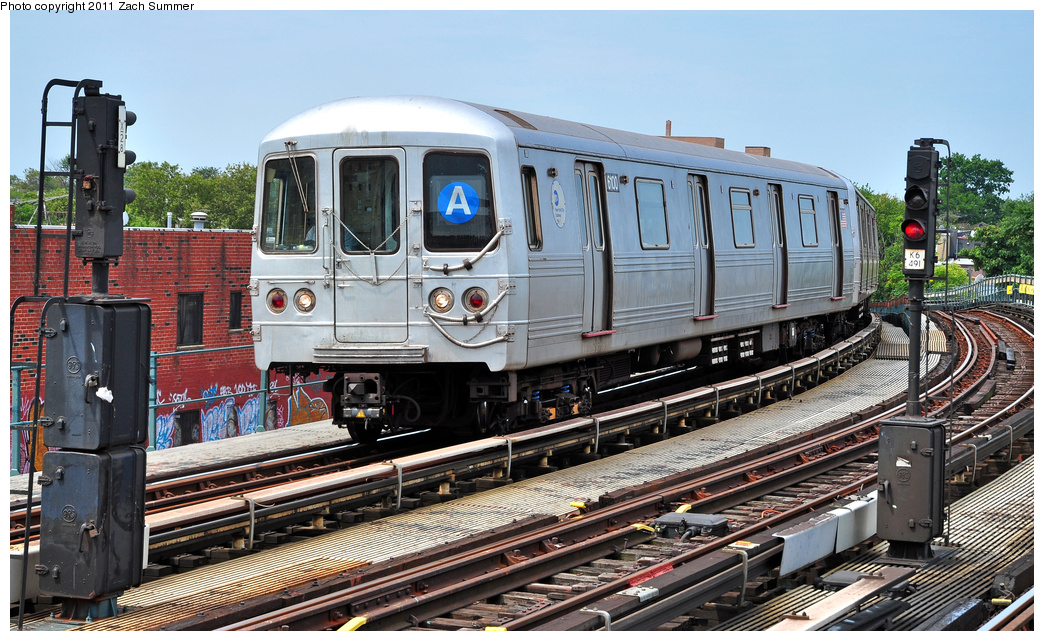 (419k, 1044x641)<br><b>Country:</b> United States<br><b>City:</b> New York<br><b>System:</b> New York City Transit<br><b>Line:</b> IND Fulton Street Line<br><b>Location:</b> 80th Street/Hudson Street <br><b>Route:</b> A<br><b>Car:</b> R-46 (Pullman-Standard, 1974-75) 6100 <br><b>Photo by:</b> Zach Summer<br><b>Date:</b> 7/23/2011<br><b>Viewed (this week/total):</b> 1 / 307