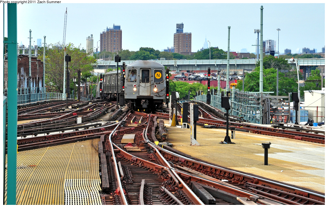 (492k, 1044x663)<br><b>Country:</b> United States<br><b>City:</b> New York<br><b>System:</b> New York City Transit<br><b>Location:</b> Coney Island/Stillwell Avenue<br><b>Route:</b> N<br><b>Car:</b> R-68A (Kawasaki, 1988-1989)  5162 <br><b>Photo by:</b> Zach Summer<br><b>Date:</b> 7/23/2011<br><b>Viewed (this week/total):</b> 1 / 653